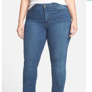 NYDJ VALENCIA Straight Leg Jeans Size 22W Plus NEW